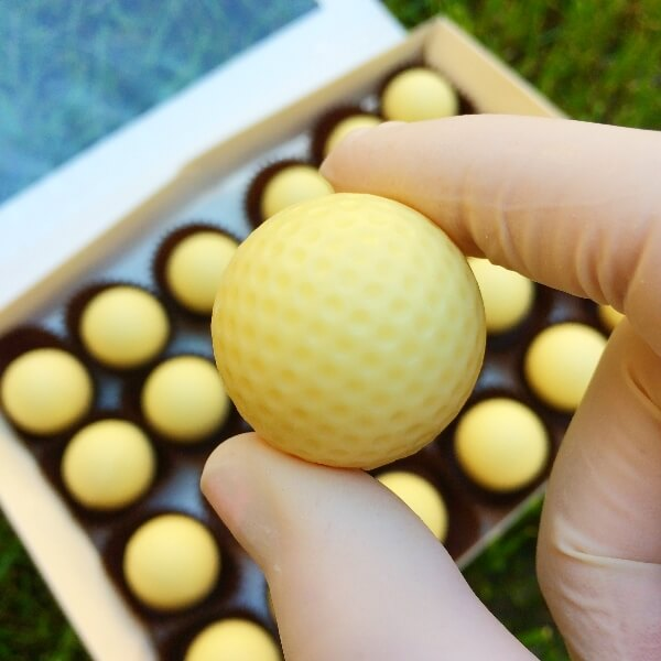 Čokoládová golfová loptička