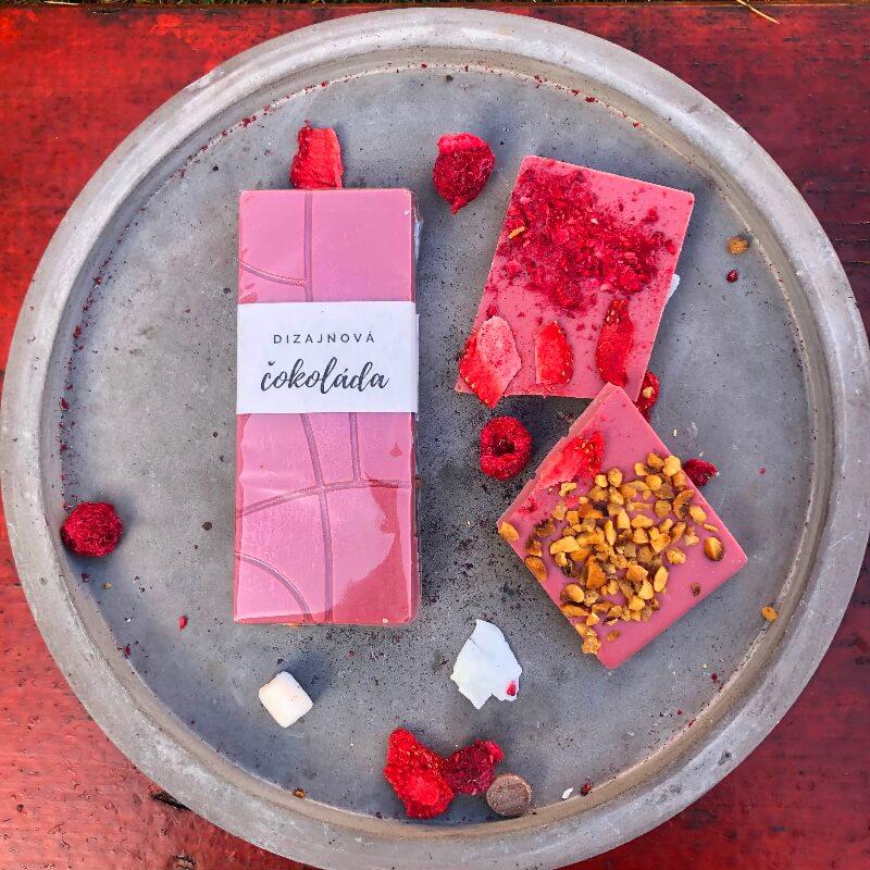 Dizajnová čokoláda 30g s ovocím a orieškami – RUBY