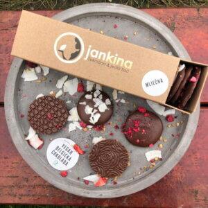 Čokokrúžky VEGAN – 16 ks (krabička) – MLIEČNA
